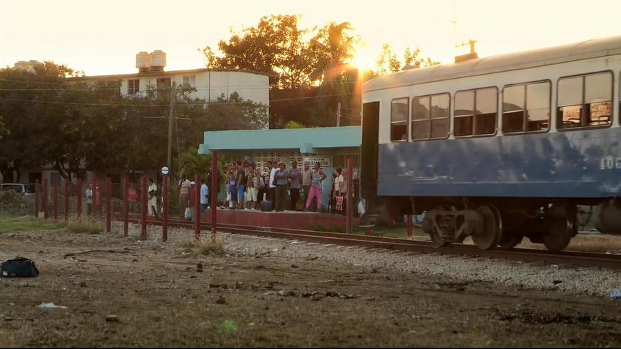 Chris.Tarrant.Extreme.Railway.Journeys.Series.2.4of6.Guantanamo.Bay.720p.HDTV.x264.AAC.MVGroup.org.mp4_20160213_181746.687